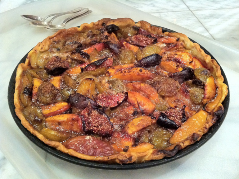 Late Summer Fruit Pie
